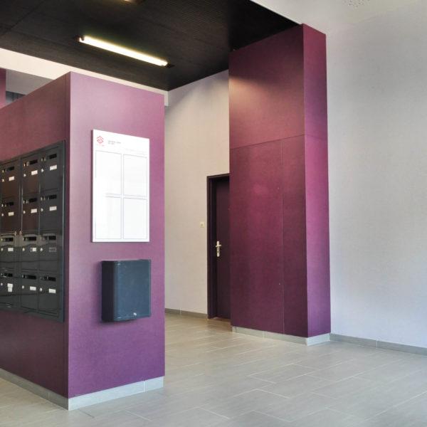 habillage hall d immeuble. Black Bedroom Furniture Sets. Home Design Ideas